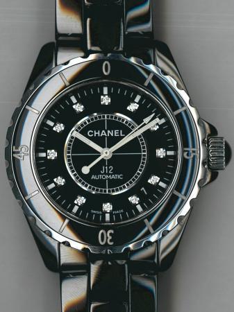 ff07b12432 モデル名: シャネル(CHANEL)J12; Ref/型番 と買取相場: H1626の買取相場はこちら; 特徴: 黒セラミック ダイヤ